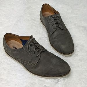 Clark's lightweight grey suede lace up loafer shoe